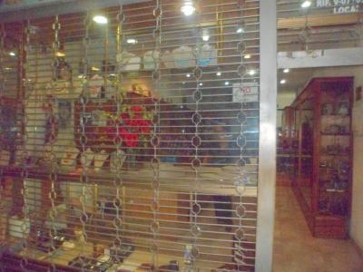 Oportunidad De Alquiler De Local Comercial Amoblado 100 M2, Ubicado En El Centro de Valencia