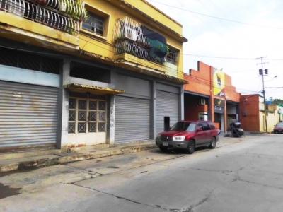 LOCAL DE 112 METROS AVENIDA FARRIAR