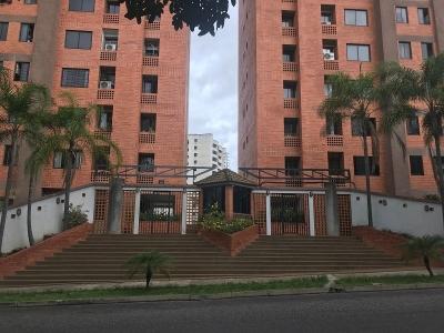 Apartamento en Valles de Camoruco, YB19-27