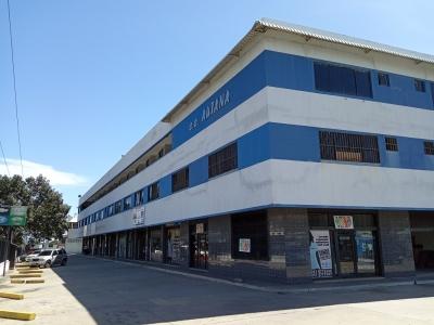 Excelente Oficina Comercial. Zona Industrial Castillito