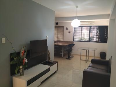 Apartamento en Alquiler en Valencia La Trigaleña