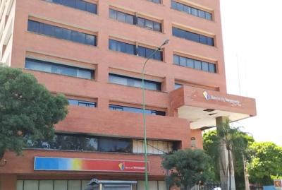 Local Alquiler 138 M2 Torre Venezuela Av. Bolívar Norte - ROF7