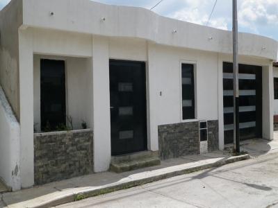 Casa en venta en san diego villas las Caracaras. Precio de remate EMB-C-27