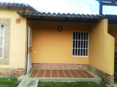TownHouse Valle de oro, San Diego Edo. Carabobo