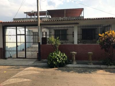 Cómoda Casa en Monteserino, San Diego – Valencia