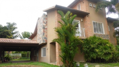 Exclusiva Casa Tipo Villa en San Diego Country Club, Carabobo