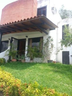 Exclusivo Town House Altos de La Esmeralda 104 mts2
