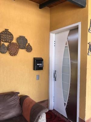 En venta Confortable TH en San Diego- Valle de Oro