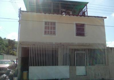 Casa San Joaquín de Turmero, sector El Tierral.