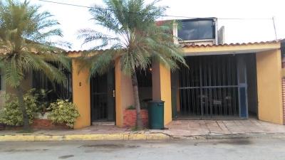 Se vende acogedor townhouse en Villa Paraíso Turmero Estado Aragua