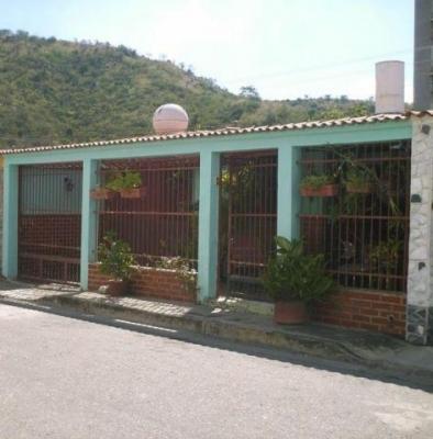 Casa en Venta Parque Residencial La Floresta