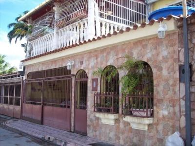 Casa en Venta Urb La Fuente