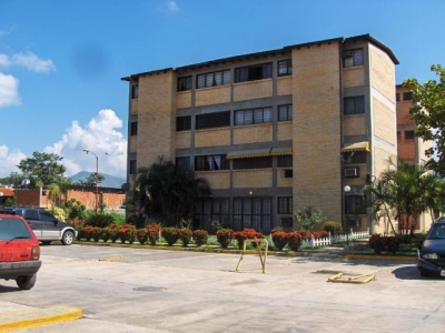 Apartamento en Venta Urb La Laguna Turmero