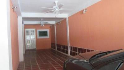 Vendo Casa en Los Overos Cagua 18-15474