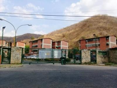 Apartamento VentaTurmero La Laguna II 19-7970 LSA