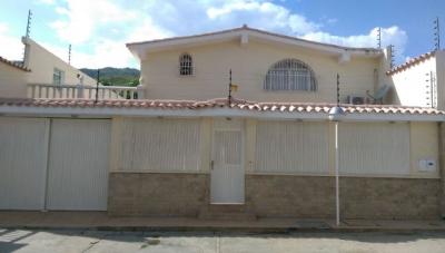 Quinta en Urbanización San Omero