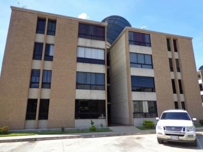 Apartamento en Venta en Residencias Palma Real en La Victoria