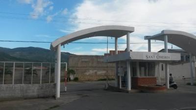 Venta de Quinta de dos Plantas, Ubicado en la Urbanizacion Sant Omero , la Victoria en el Estado Aragua