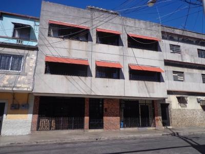 Apartamento tipo estudio en La Victoria