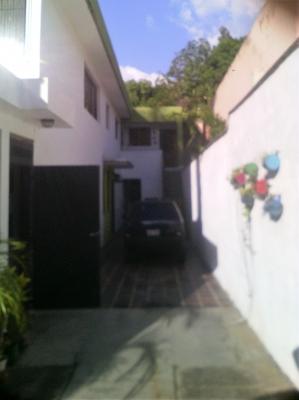 Casa en urbanización Los Pomelos