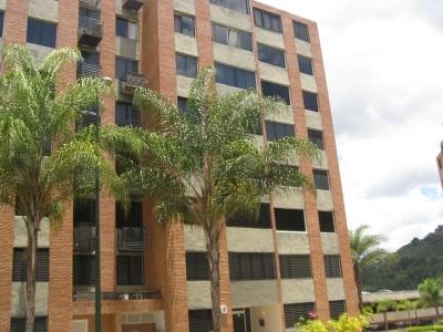 OPORTUNIDAD en Los Naranjos Humboldt. Apartamento en Venta.