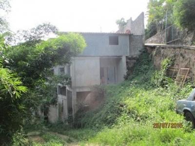 casa en construccion en gavilan