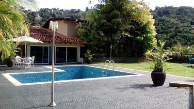 Quinta en Loma Larga - Hatillo