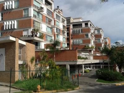 Venta de exclusivo apartamento en la Urbanizacion Villa Nueva del Hatillo.