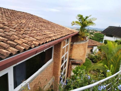 Venta de Acogedora, Calida y Moderna Quinta ubicada en El Hatillo COD 78-557