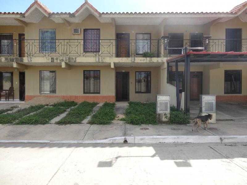Flor Amarillo - Casas o TownHouses