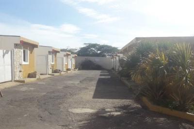 HOTEL HOLLYWOOD UBICADO EN PUNTO FIJO