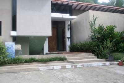 Casa Grande en Coronado con Piscina y Jacuzzi, Area Privada