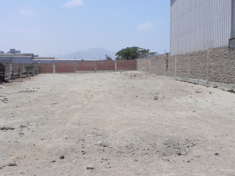 Terreno industrial I2 de 1,000m2
