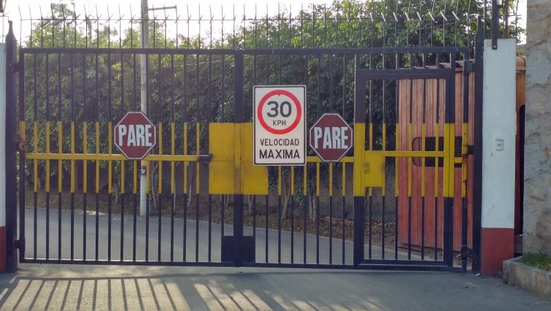 Terreno Sol de La Molina mas de 470m2 Urbanización cerrada vigilancia 24hrs.