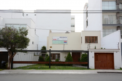 En Venta Casa-Terreno en San Isidro
