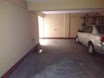 Vendo estacionamiento en San Isidro
