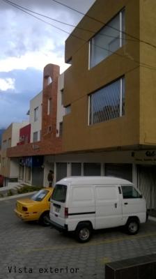 Vendo local en Quito, Mariscal Sucre y Diego de Vásquez, Balcón del Norte $110.000 2353232, 0997592747, 0992758548