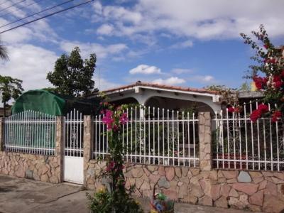 Casa en Urb. El Orticeño