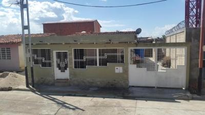 Casa en Venta Palo Negro Los Lirios