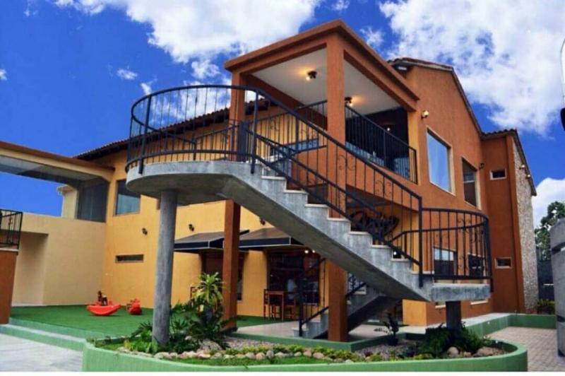 Villa El Rosario - Hoteles