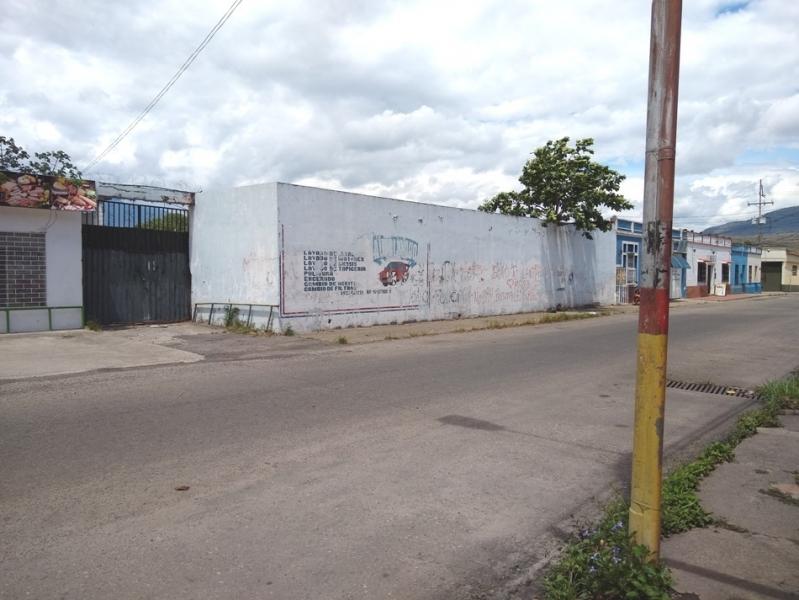 Rubio - Locales Industriales y Galpones