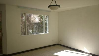 Vendo preciosa casa en ciudad San Cristobal 3 dormitorios