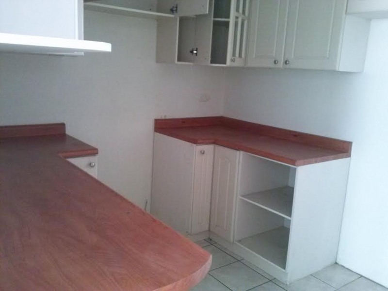 Muebles De Baño Quetzal:Casa con 3 dormitorios en alquiler en San Cristobal!