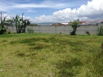 Nítido terreno plano y de esquina en Lomas de San Cristóbal