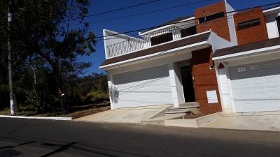 Casa en Las Orquideas, sector A-1 San Cristóbal