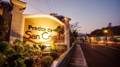 CASA EN RENTA PRADOS DE SAN CRISTOBAL, ZONA 8 MIXCO