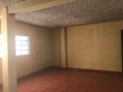 OFIBODEGA EN RENTA EN BOULEVARD PRINCIPAL SAN CRISTOBAL ZONA 8 DE MIXCO
