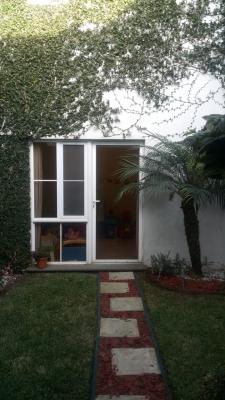 Vendo casa en zona 4 de Mixco