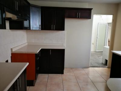 Vendo linda casa en lindo condominio, condado el naranjo