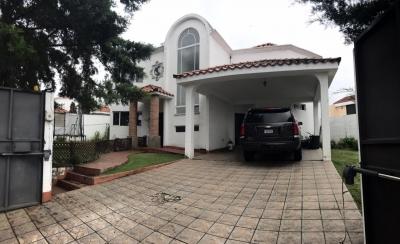 CITYMAX-MIX VENDE CASA EN LA ARBOLEDA SAN CRISTOBAL